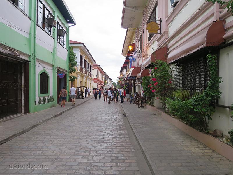 Calle Crisologo Heritage Road